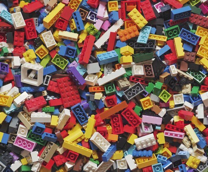 """""""Rebuild the World"""": il nuovo spot LEGO® che celebra la creatività"""
